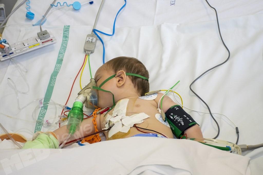 reportaj-despre-chirurgii-care-opresc-inimi (5) (Copy)