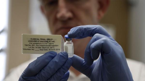 """Rusia are vaccin anti-Ebola """"mai eficient decât medicamentele utilizate anterior în lume"""""""